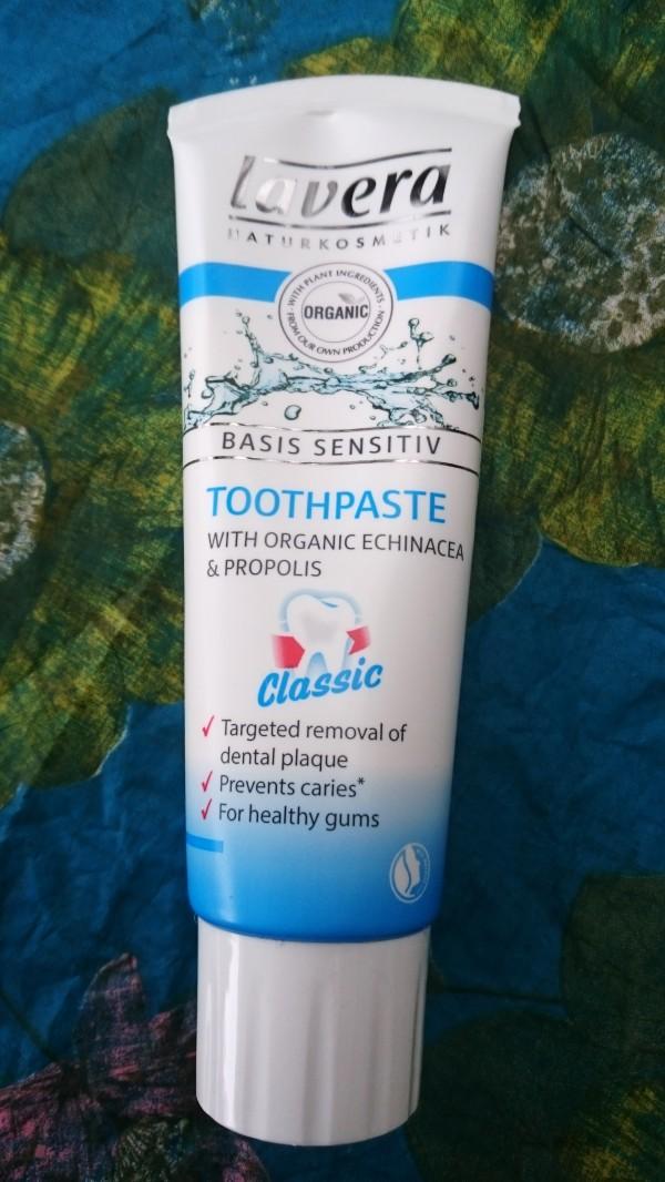 Lavera Classic hammastahna (LuonnonkosmetiikkaWithDelI)